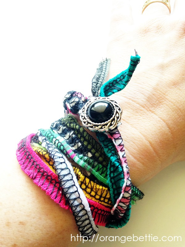 Tutorial: Serged scrap wrap bracelet